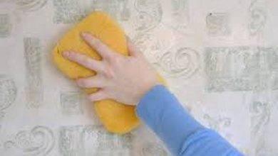 عکس از نکات مهم در شستن کاغذ دیواری قابل شست و شو